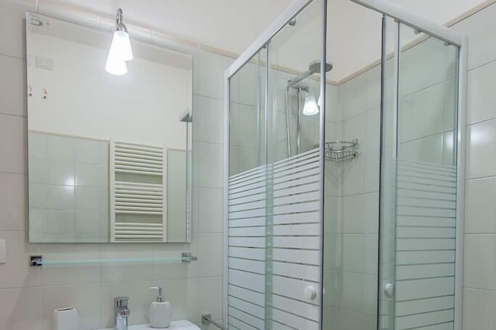 Double or Twin Room, Balcony - Bilik mandi