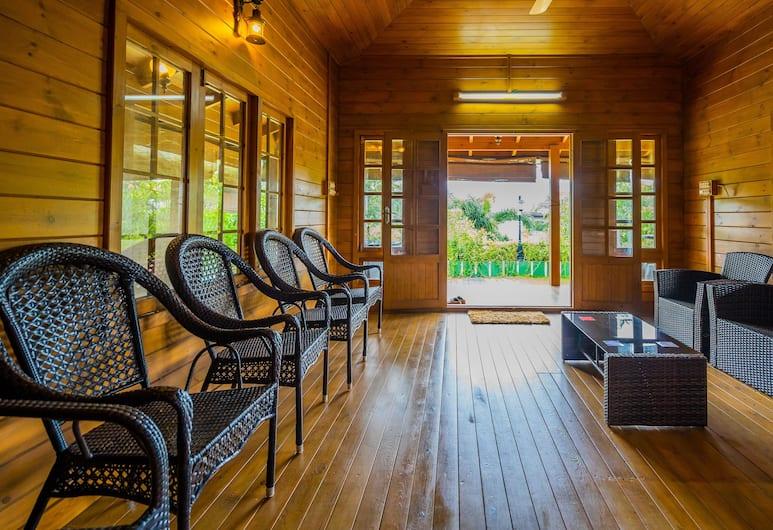 OYO 14514 Home Riverside Cottage Vyttila, Kočis, Vestibiulis