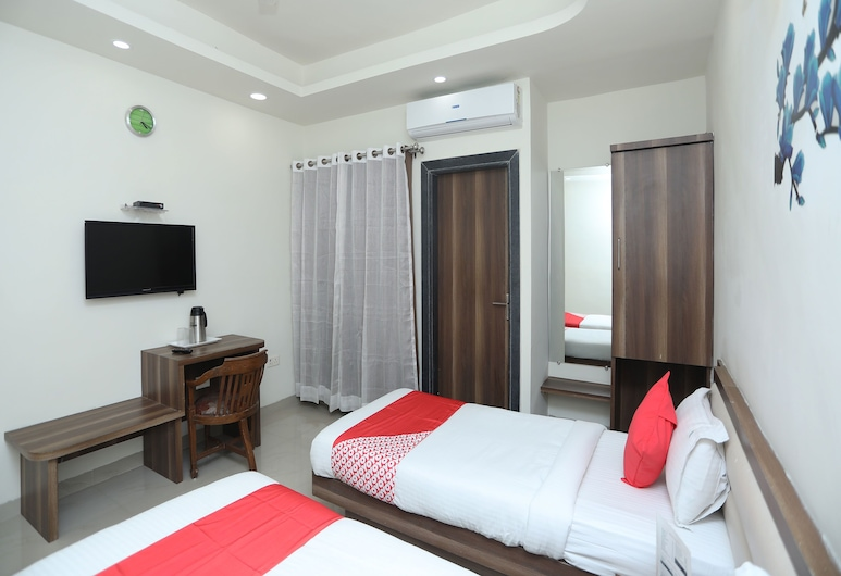 OYO 14593 Smart Rooms by Shree Vatika, Bhopal, Double or Twin Room, Guest Room