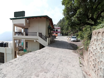 Bild vom OYO 15528 GREEN ROOF HOTEL & RESORT in Nainital