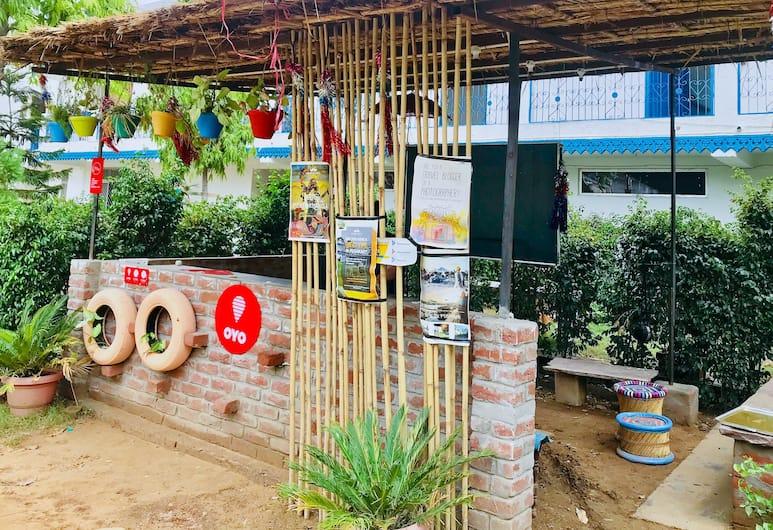 OYO 15518 Hotel Amar, Pushkar, Resepsionis