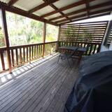 Tek Büyük veya İki Ayrı Yataklı Oda - Balkon