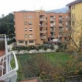 Double Room, Shared Bathroom, City View - Balcony