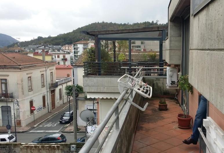 B&B Veronica, Baronissi, Habitación doble, baño compartido, vistas a la ciudad, Balcón