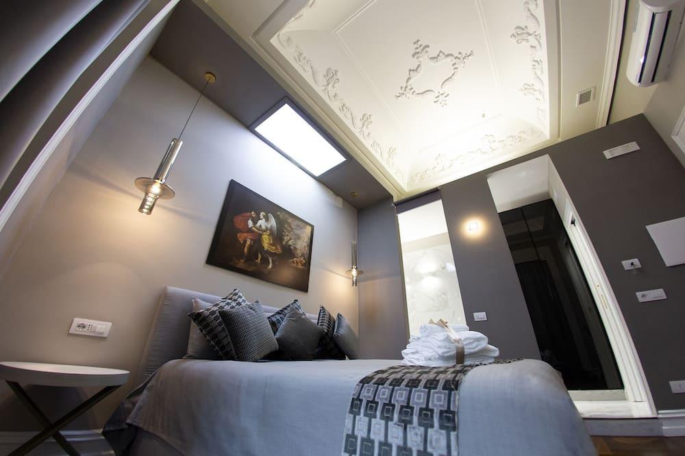 Phòng đôi, Bồn tắm thủy lực (in room) - Phòng
