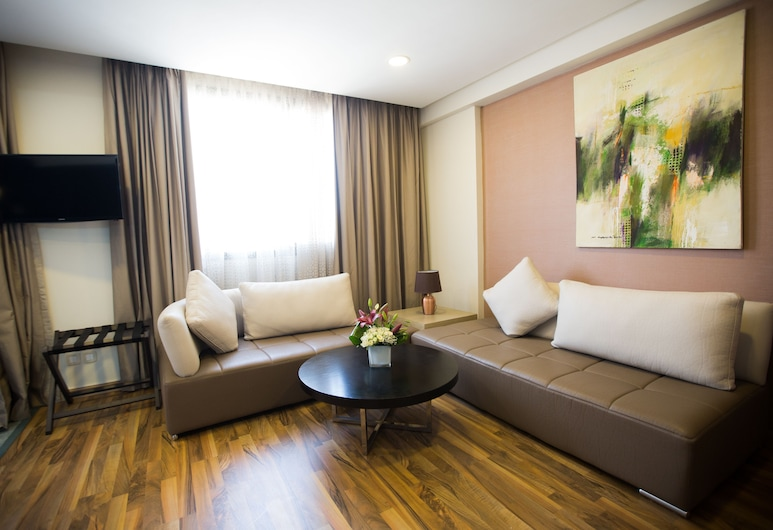 Hotel Du Golf, Mohammedia, ห้องสวีท, เตียงควีนไซส์ 1 เตียง และโซฟาเบด, พื้นที่นั่งเล่น