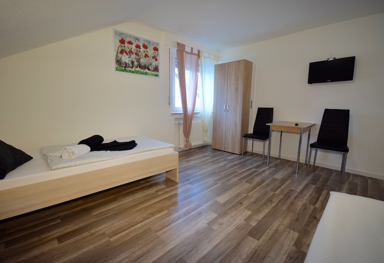 AB Apartments - Apartments Maicklerstrasse, Fellbach, Apartment, Multiple Bedrooms (51-00), Room