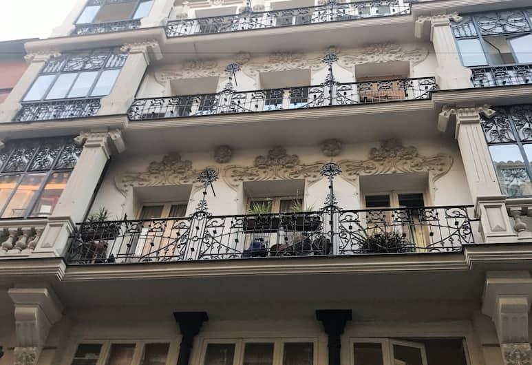 Madrid 4 Days - Huertas, Madrid, Façade de l'hébergement