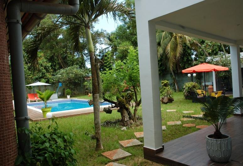 Ernaa Chambres D'Hotes, Abidjan, Udendørs pool