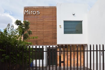 Фото Casa D'Miros Hospedaje Boutique у місті Гвадалахара