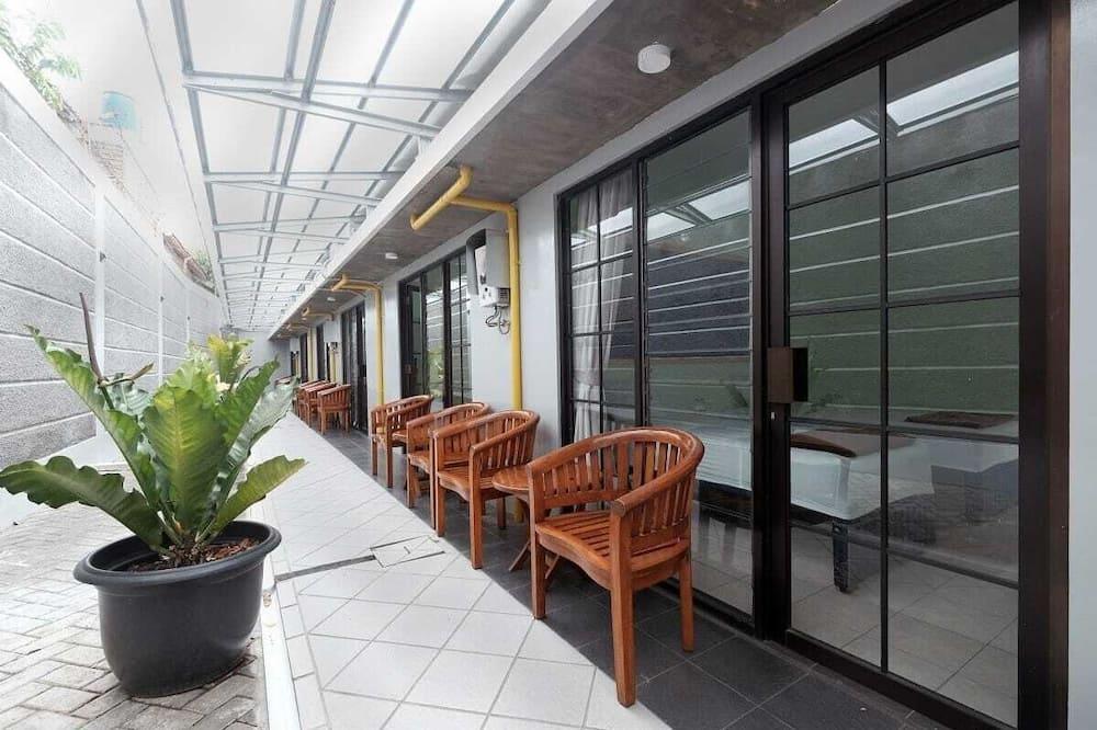 Superior Twin Room, 2 Katil Bujang (Single), Non Smoking - Teres/Laman Dalam