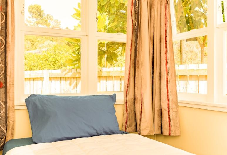 Waitangi Beach Unit B, Paihia, Ferienhaus, 2Schlafzimmer, Zimmer