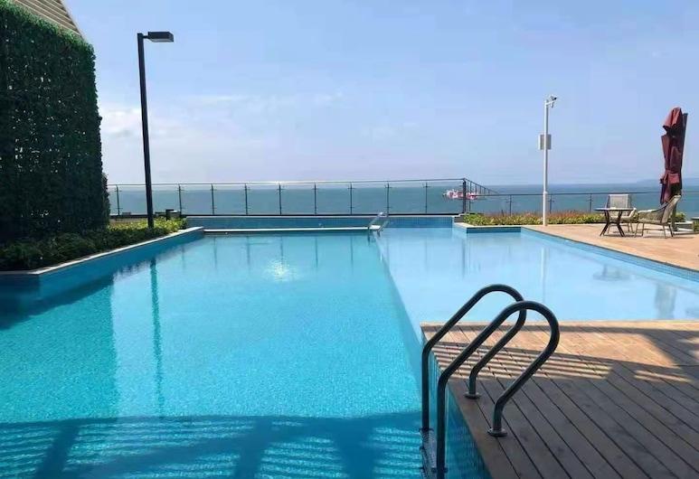 Sunshine Bay Hotel, Sihanoukville, Pool