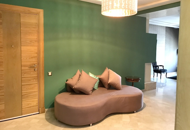 Apartment With 3 Bedrooms in Casablanca, With Balcony - 7 km From the Beach, Casablanca, Living Room