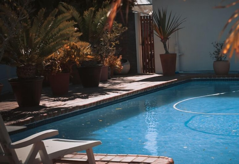 Dolliwarie Guest House, Cape Town, Outdoor Pool
