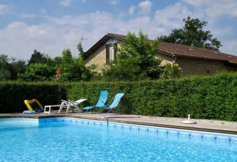 Chambre d'hôtes l'Abricotier, Бленьяк, Открытый бассейн