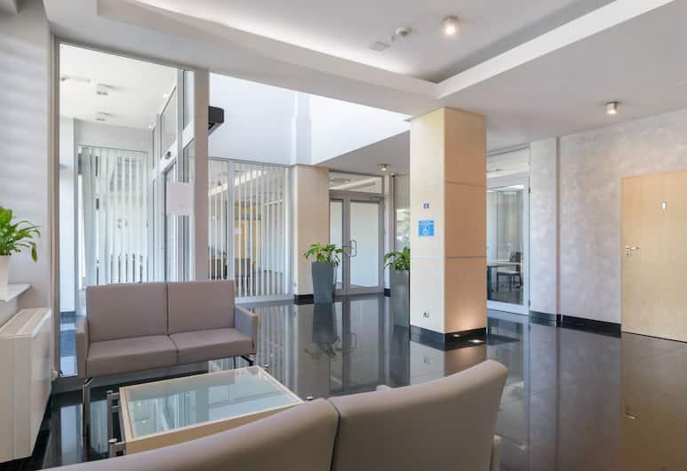 Hotel Safir, Poznan, Lobby Sitting Area