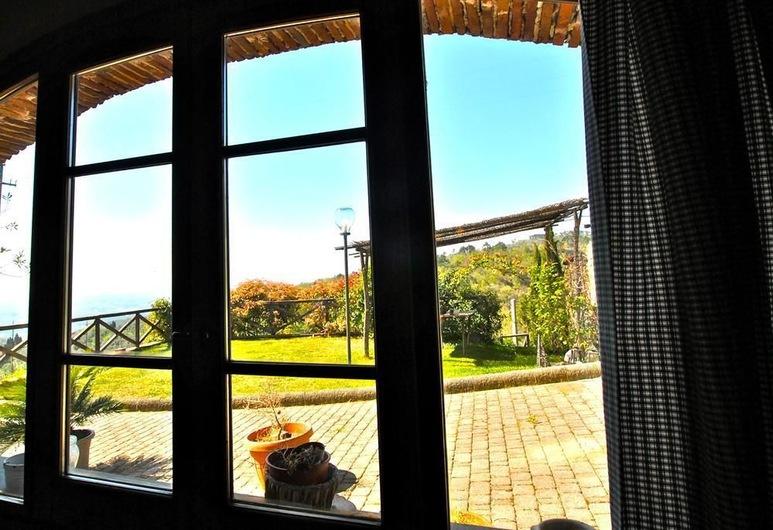 Casavacanze La Porta Di Mignana, Vinci, Family Apartment, View from room