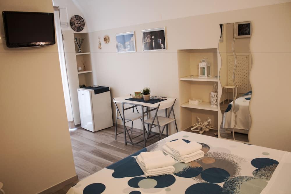 Pokój dwuosobowy typu Deluxe - Zdjęcie opisywane