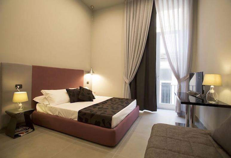 柯雷那不勒斯酒店, 那不勒斯