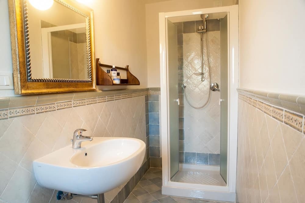 Double Room, Hill View - Bathroom