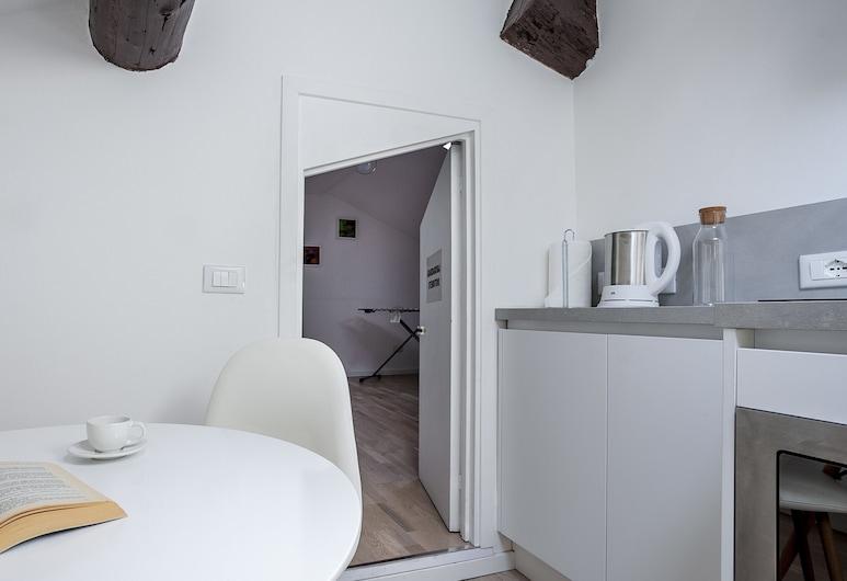 Italianway   - Volta 21, Milano, Appartamento, 1 camera da letto, Camera
