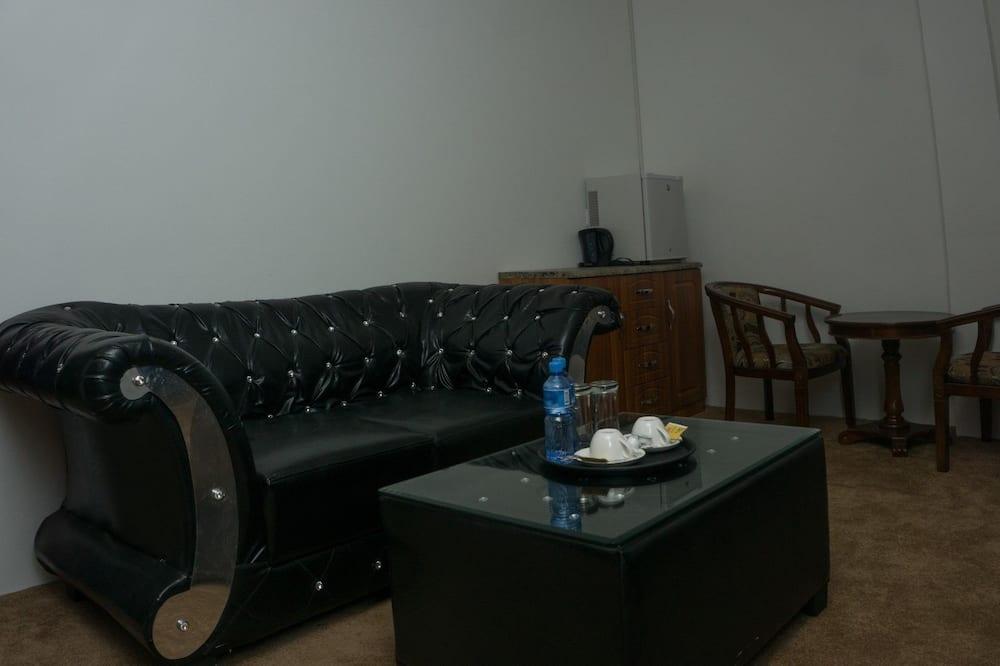 Deluxe-Zimmer, 1King-Bett, Nichtraucher - Wohnbereich