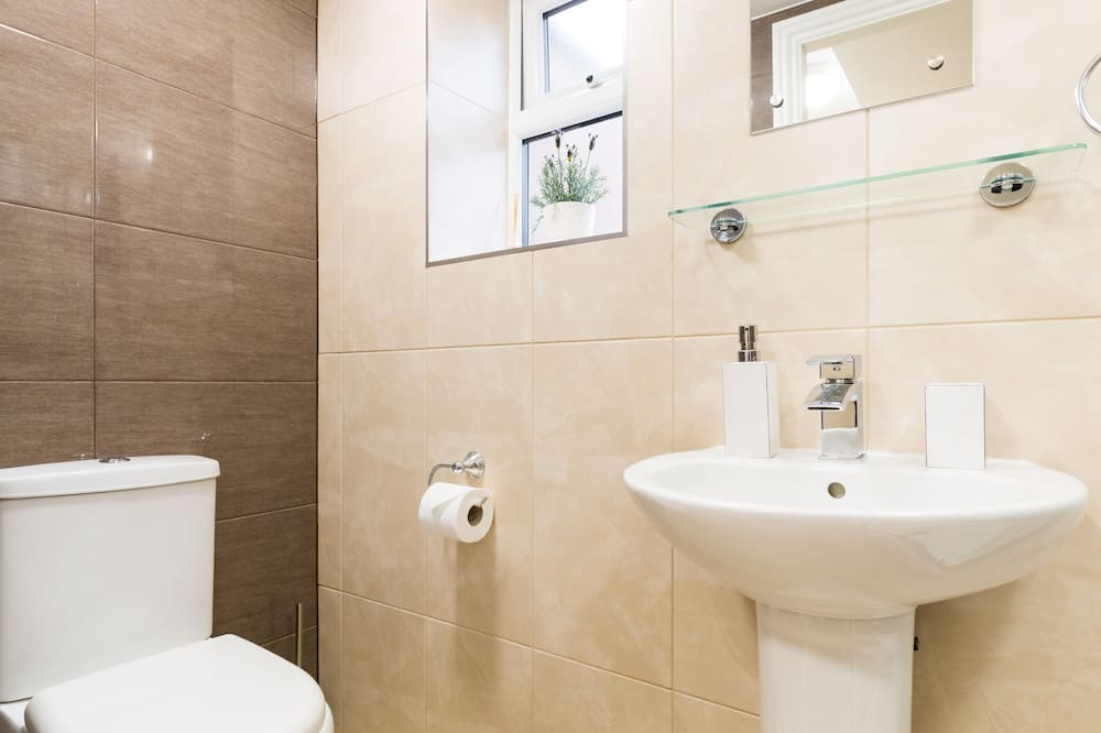 Apartmán typu Superior, súkromná kúpeľňa - Kúpeľňa