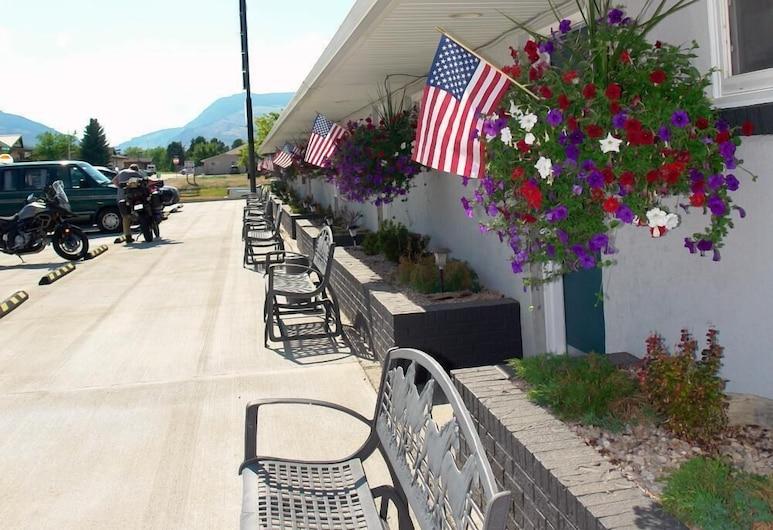Carter Mountain Motel, קודי, מרפסת
