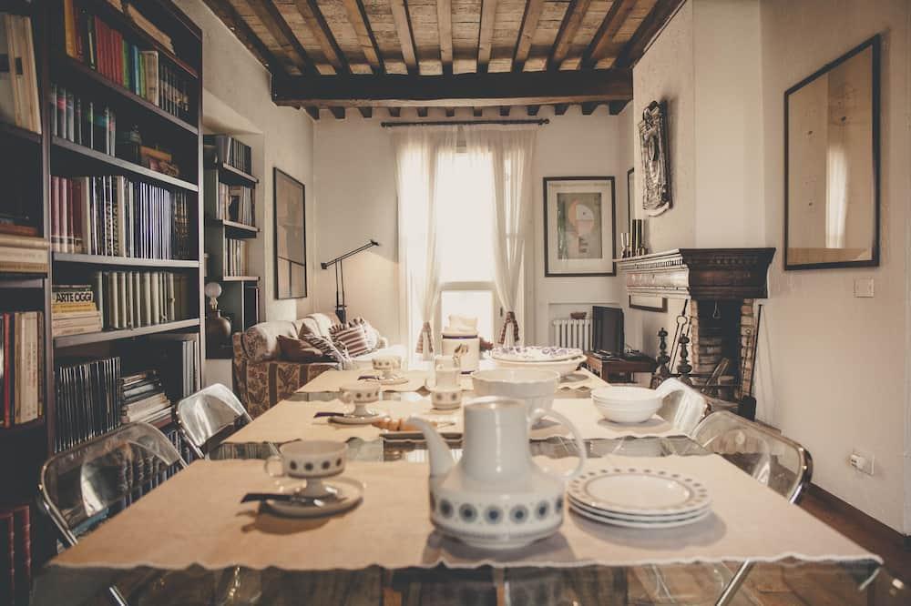 Deluxe Apart Daire, 2 Yatak Odası - Odada Yemek Servisi