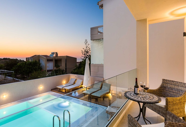 Luxury villa Amelia with a free 9 seater van, wonderful seaview and private pool, Chania, Terrace/Patio
