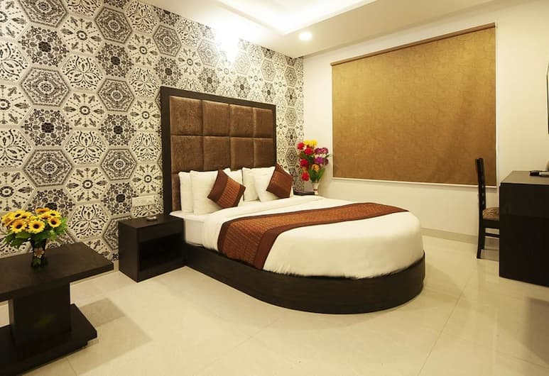 Hotel Belmond, New Delhi, Deluxe Room, 1 Double Bed, Non Smoking, Guest Room View