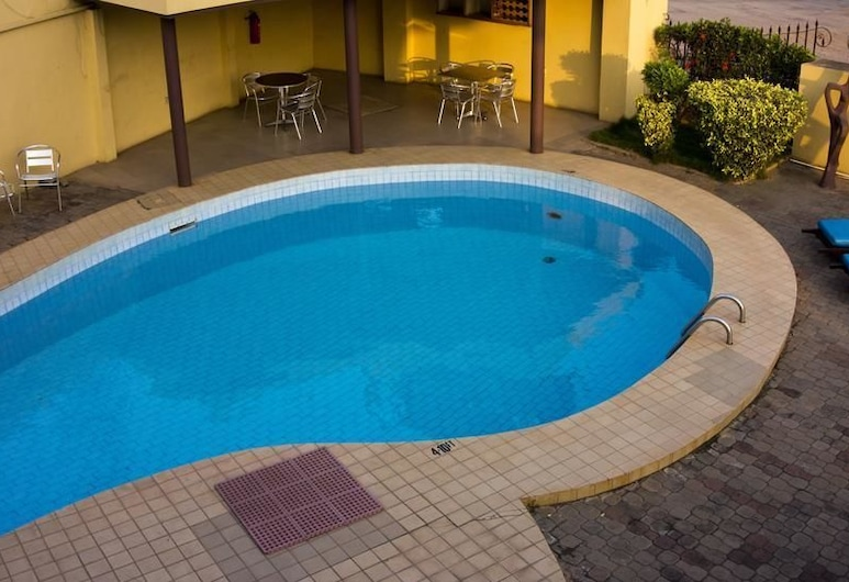 Sam's Cottage, Accra, Outdoor Pool