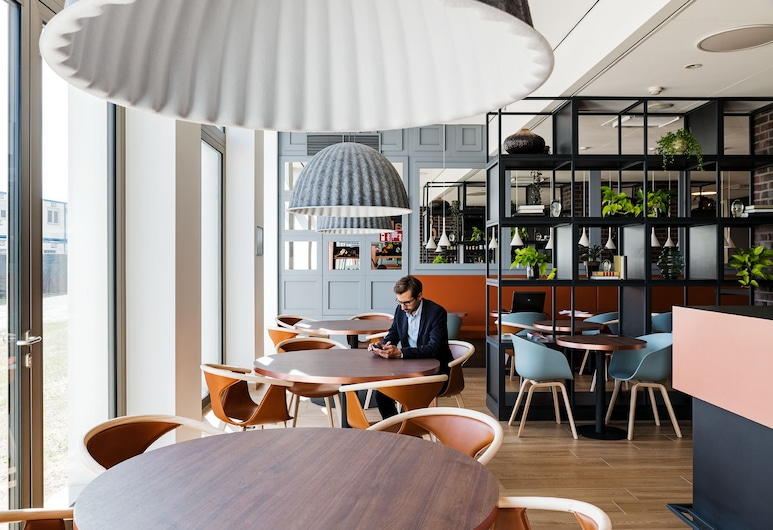 B&B Hotel Antwerpen Zuid, Antwerpen, Sittområde i lobbyn