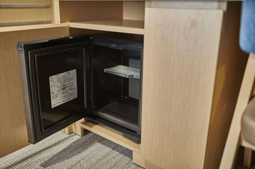 デラックスツインルーム(1名利用)禁煙 - 小型冷蔵庫