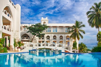 Picture of Madinat Al Bahr Business & Spa Hotel in Zanzibar Town