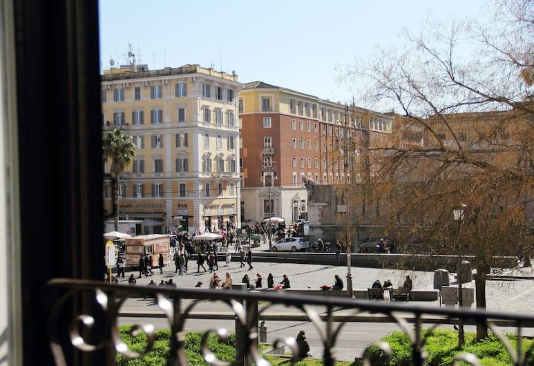 La Muraglia di San Pietro, Rome