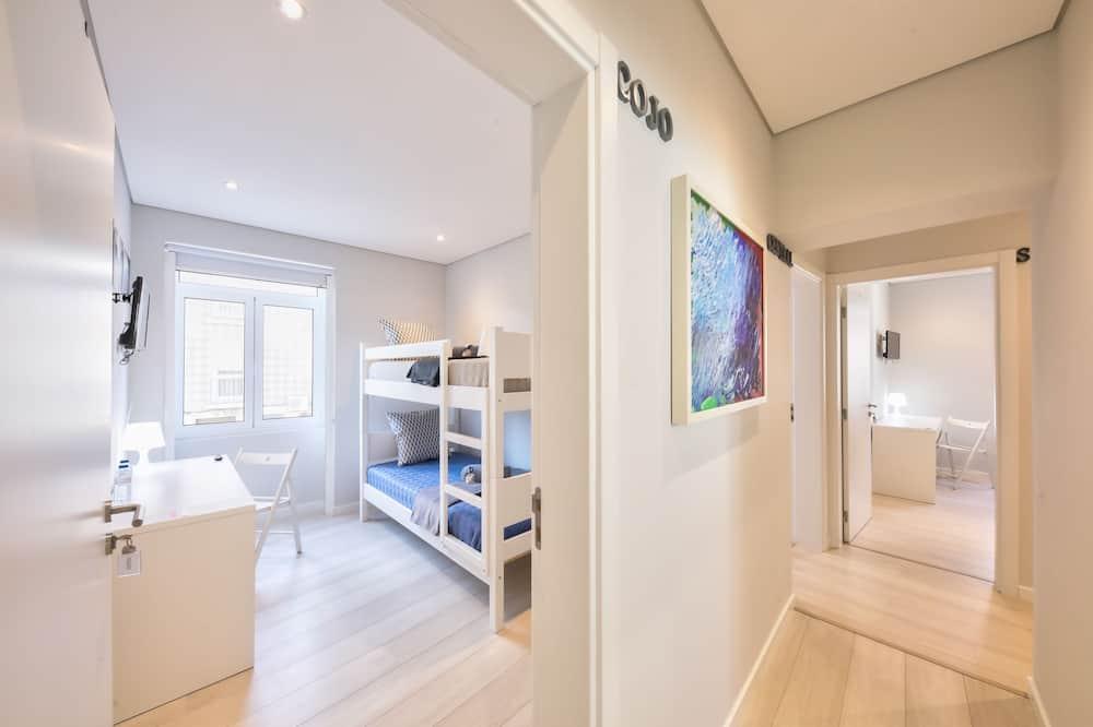 Twin Room (1 Bunk Bed) - Bilik Tamu