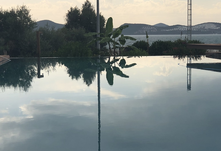Egesu Marina Guest House, Milas, Outdoor Pool