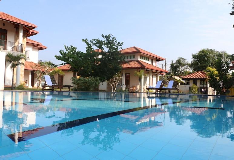 Tuk Tuk Boutique Hotel, Negombo, Outdoor Pool