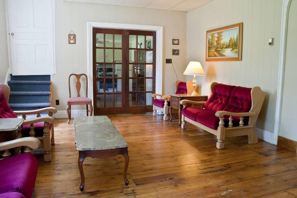 Котедж, 6 спалень, кухня - Вітальня