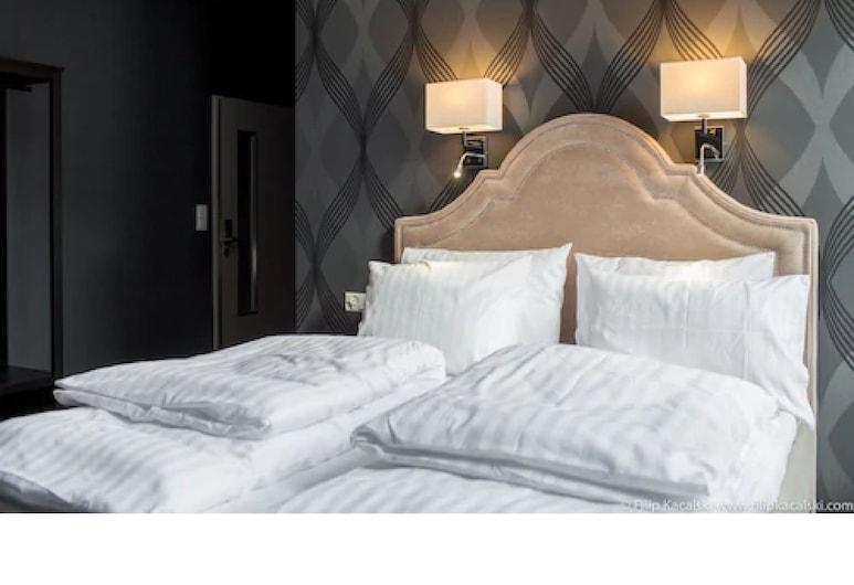 Amber Suite Szczecin Adults Only, Ščecina, Pilsētklases divvietīgs numurs, 1 divguļamā karalienes gulta, Viesu numurs