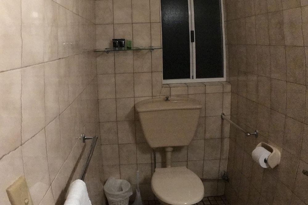 Einzelzimmer, 1 Doppelbett - Badezimmer