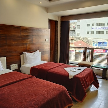 Fotografia do Hotel Restinn em Surat