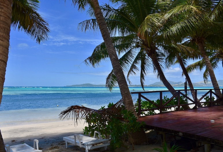 Safe Landing Eco-Lodge, Isla Nacula, Cabaña tradicional, 1 habitación, con vista parcial al mar, frente al mar, Terraza o patio