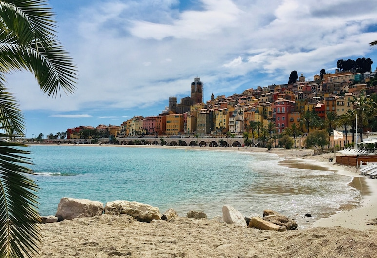 Un sueño sobre el mar, Ventimiglia, Playa