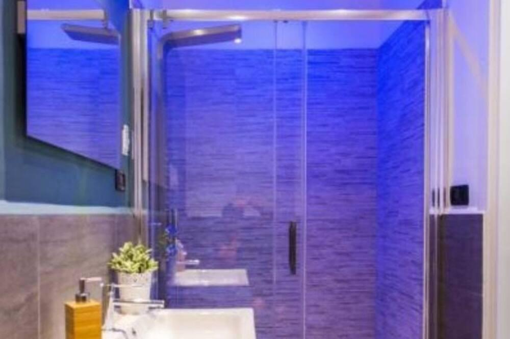 Luxury Quadruple Room - Bilik mandi