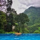 Εσωτερική/εξωτερική πισίνα