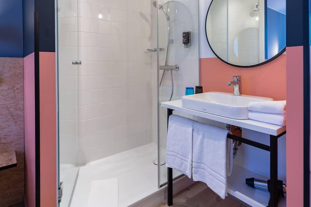 Familien-Suite, 2Doppelbetten, Verbindungszimmer - Badezimmer