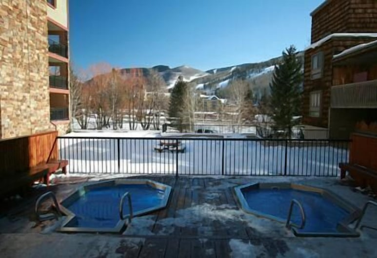 Vail Studio Located on Free Town of Vail Bus Route, Vail, Exterior